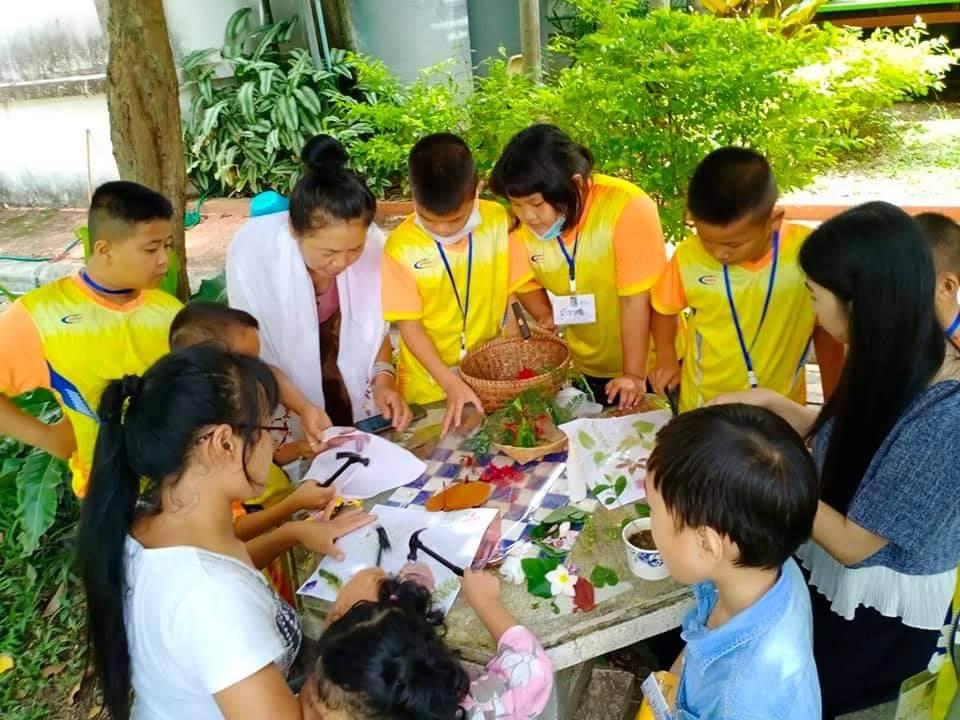 กิจกรรม Workshop Hapa-Zome ศิลปะการย้อมสีด้วยการทุบ